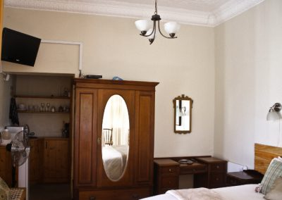 mon-desir-guesthouse-room-1-11